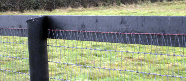 Uk Wire Fencing Supplier Agricultural Fence Equestrian
